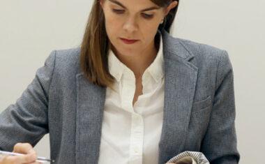 Dr. Mary Sunderland